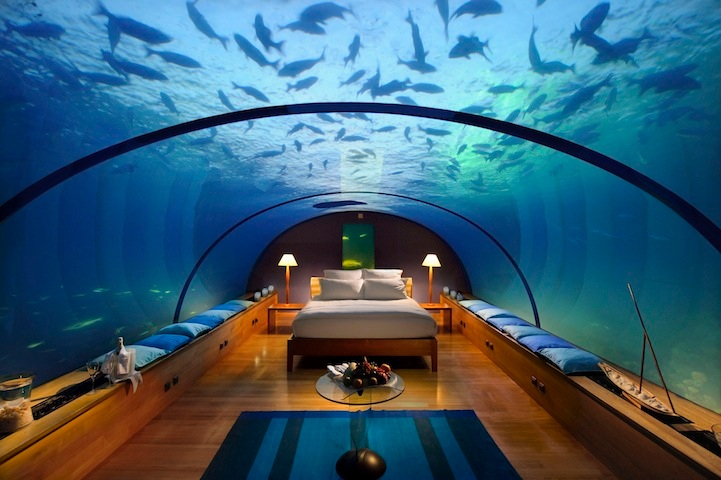 Heaven on Earth! Spectacular Underwater Bedroom in Maldives