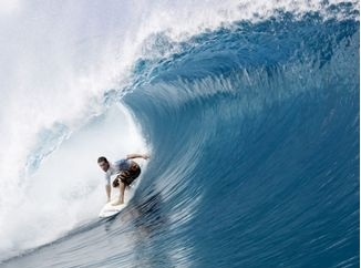 Abberton relishes huge Teahupoo swell