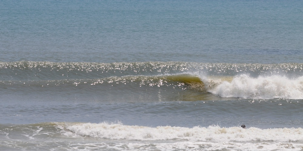 Thanks for the barrels, Emily! Sunday, August 7, 2011 – East Coast #SurfReport