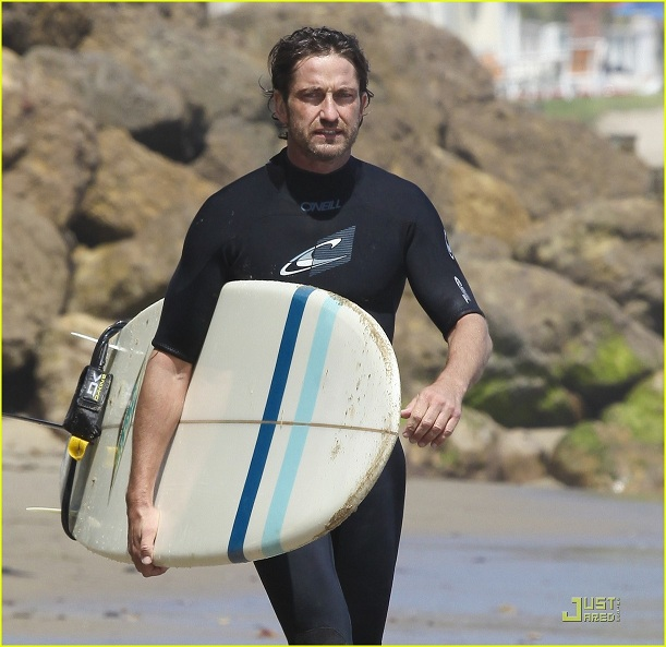 Photos: Gerard Butler practices for 'Mavericks' surf movie in Malibu (from today)