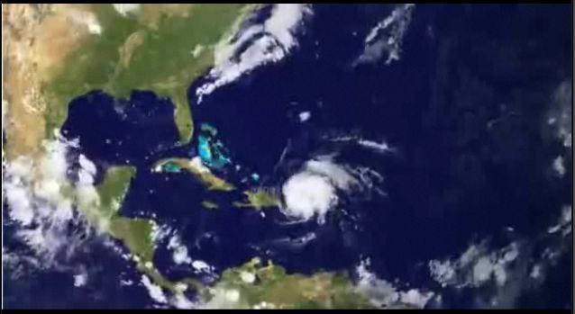 Hurricane Irene Gaining Strength, Eyes US East Coast [image time-lapse] #SurfReport