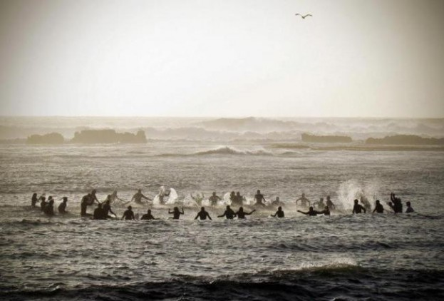 Mavericks Surf Contest 2012: The Big Wave Brawl Begins #LiveLikeSion