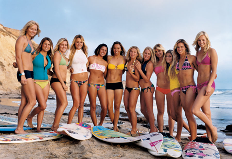 Going back to Cali...... Surfer-girls-0907-01a1