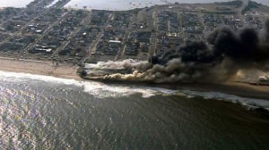 AP_NJ_Boardwalk_Fire_aerial_lpl_130912_16x9_992