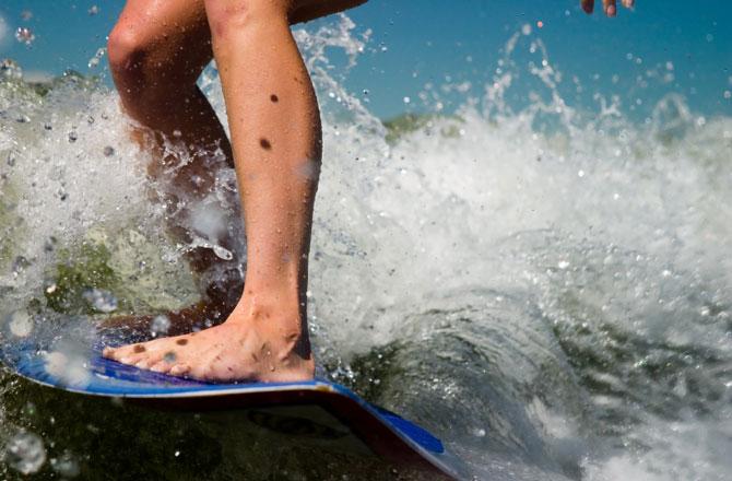 surfer-670